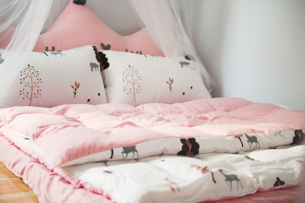 Bett zum Schlafen