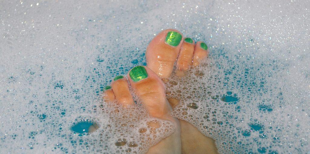 Fußbad mit Schaum